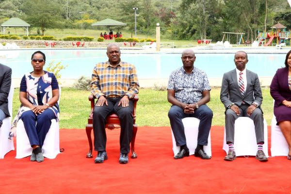 presidential-visit-100702AA4B1-9FBA-E6FC-8A0C-50724D776738.jpg